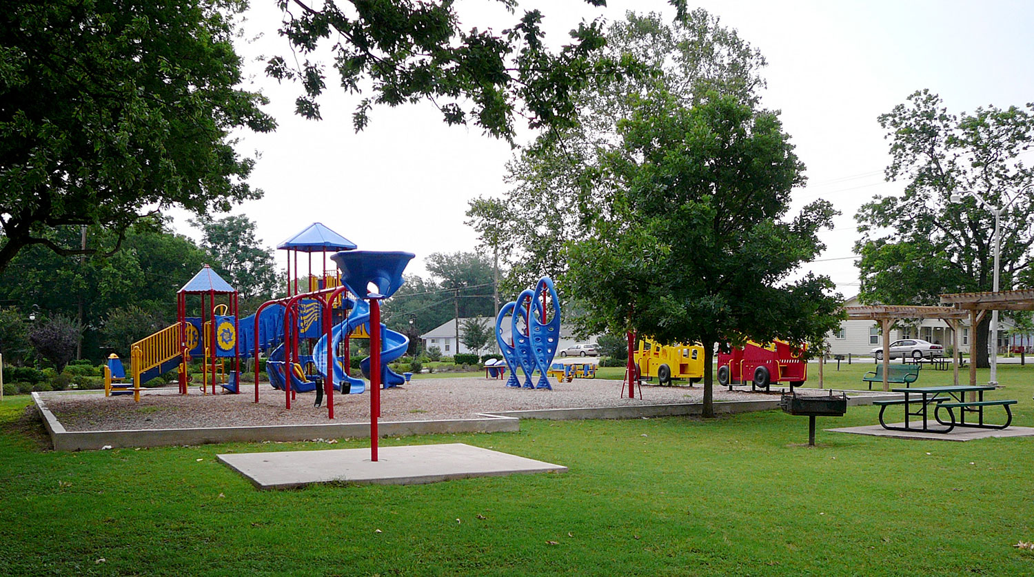 Playscape at Kelley Park in Georgetown, TX